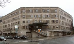 Stockholms fulaste hus blir A house