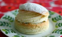 55 procent av alla svenskar äter en semla på fettisdagen