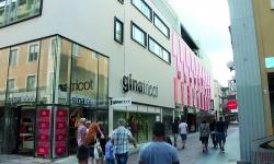 Tre nya fyller upp Perukmakaren i centrala Göteborg