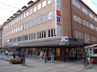 Stora Brogatan 11